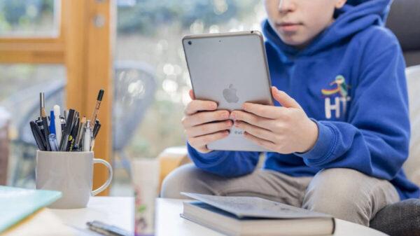 ¡Alerta! Protege a tus hijos de los ciber-delincuentes