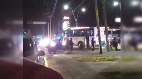 Detienen en Cancún a cuatro pillos por asalto a camión de pasajeros