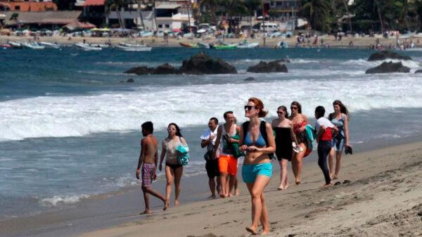 Variante británica de Covid es detectada en dos turistas de Oaxaca