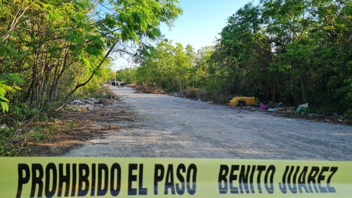 Hallan cuerpo decapitado en el fraccionamiento Lagos de Cancún (VIDEO); podría tratarse de los restos de la cabeza dejada en la Región 100.