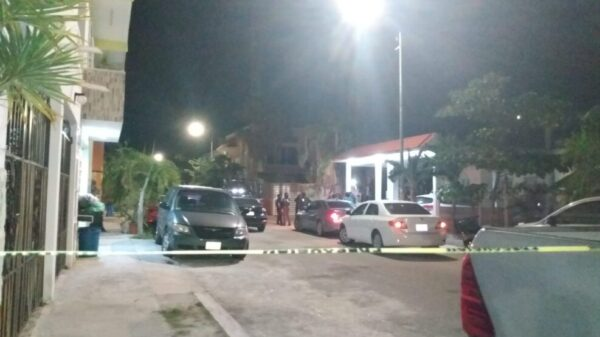 Balean la casa del oficial mayor del Ayuntamiento de Tulum (VIDEO).