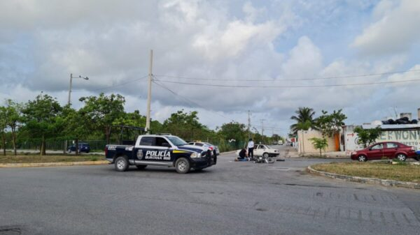 Cancún: Muere un motocicilista en accidente de tránsito en Prado Norte (VIDEO).