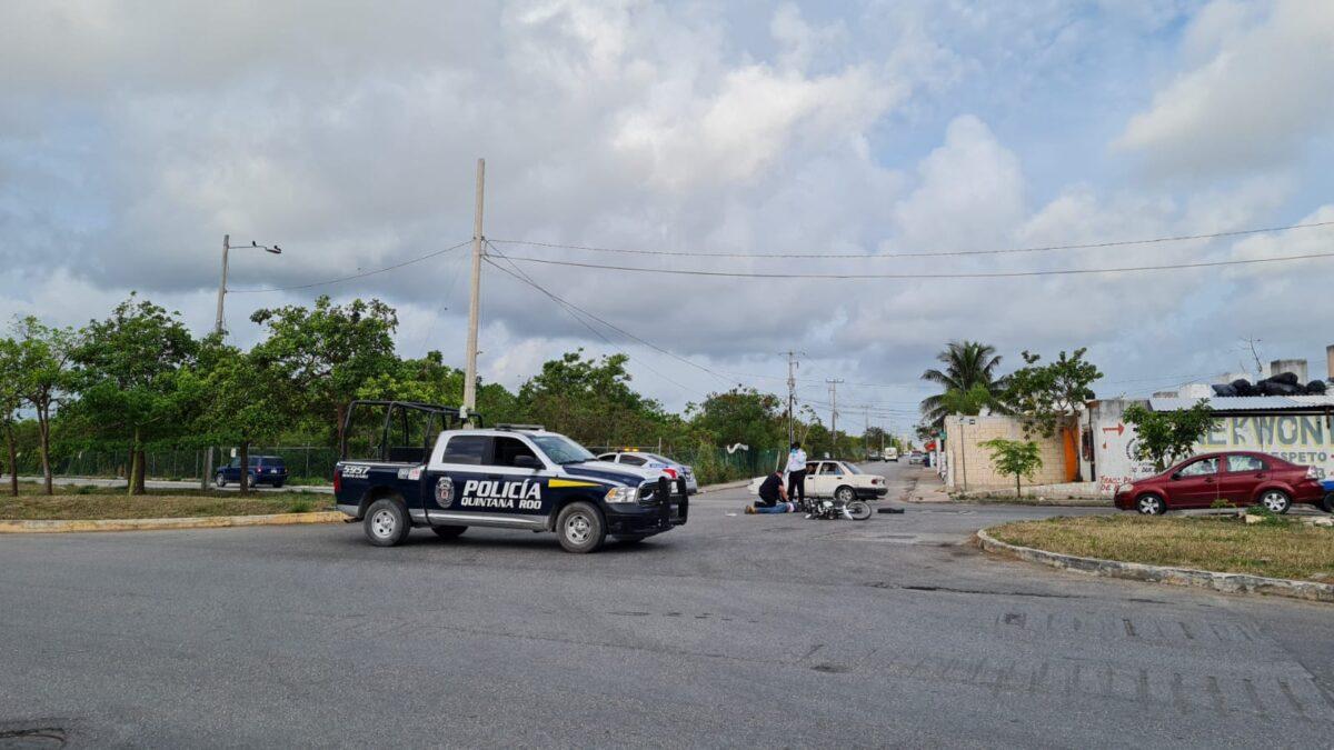 Cancún: Muere un motocicilista en accidente de tránsito en Prado Norte (VIDEO).