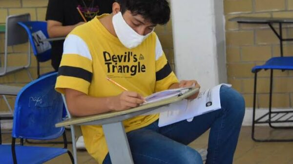 Más de seis mil estudiantes truncan sus estudios de bachillerato en Quintana Roo.