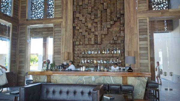 Niegan hoteleros de Cancún ser fuentes de contagios de Covid-19.