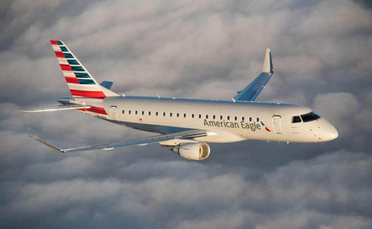 Los pasajeros del vuelo 4798 de la aerolínea American Eagle, fueron sorprendidos por el piloto, quien compró pizza para todos los que iban a bordo