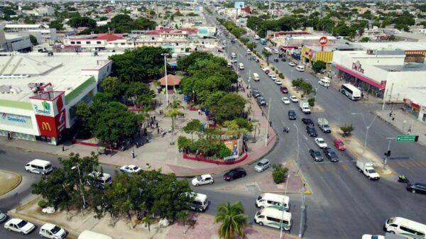 Anuncian cierre parcial de vialidades en Cancún.