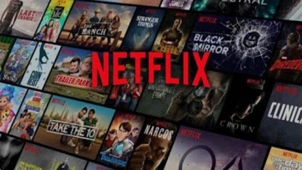 """Para los indecisos en Netflix a la hora de elegir contenido, el servicio de streaming anunció una nueva función denominada """"reproducir algo"""""""