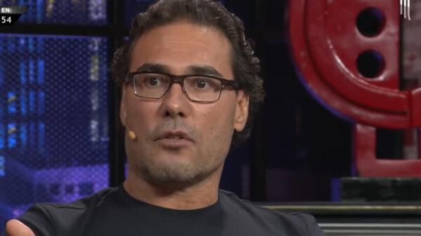 Eduardo Yañez arremetió con violencia contra dos reporteros, dice no estar arrepentido