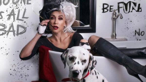 Susana Zabaletacomo toda una 'Cruella' roba suspiros en redes sociales