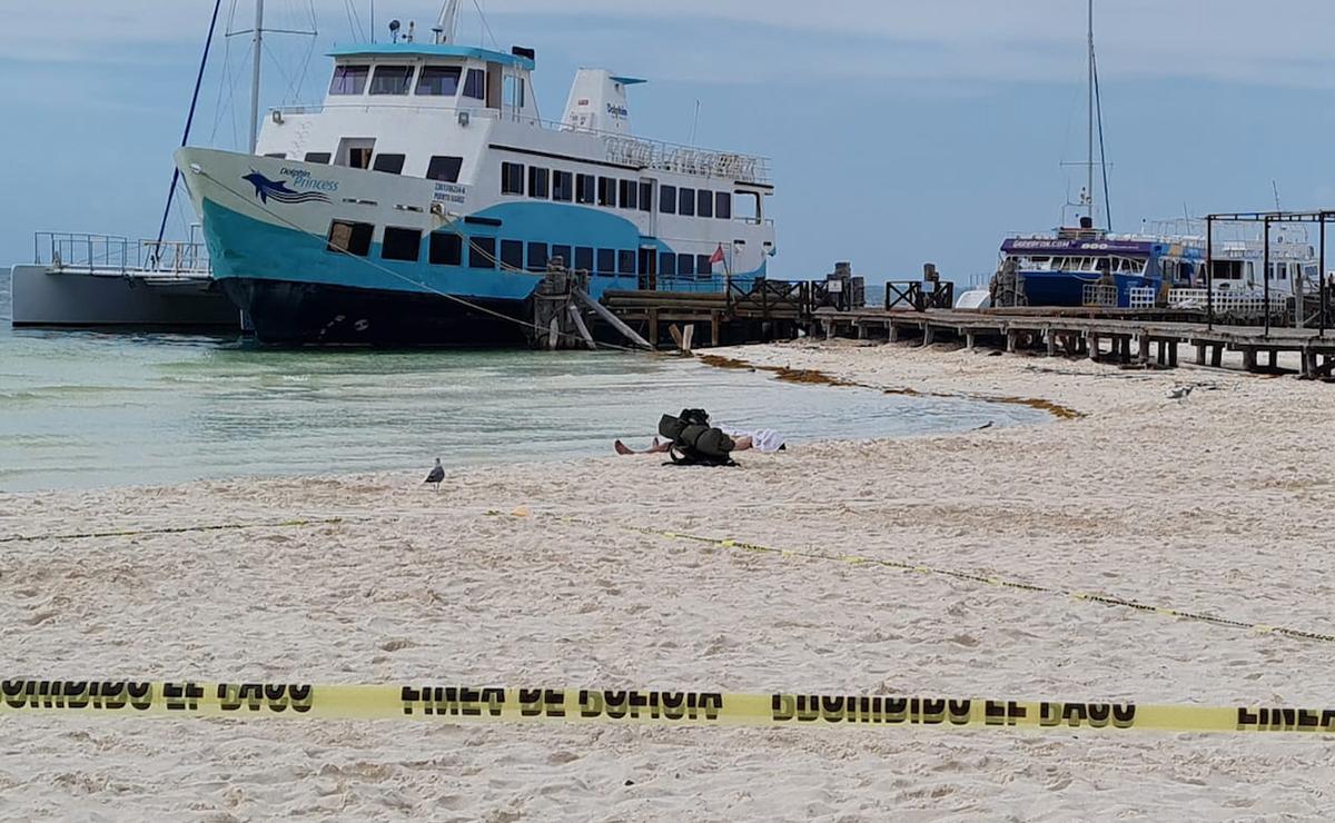 Cancún: Muere ahogado presunto turista en Playa Langosta