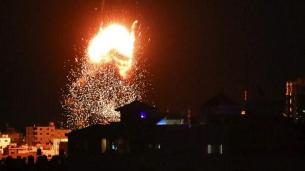 Continúa el ejército Israelí atacando a la Franja de Gaza