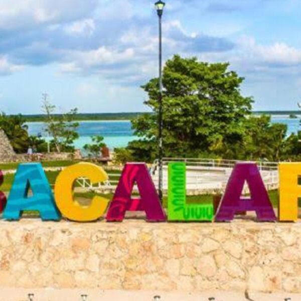 Logran vacunación contra covid-19 de planta laboral turística en Bacalar