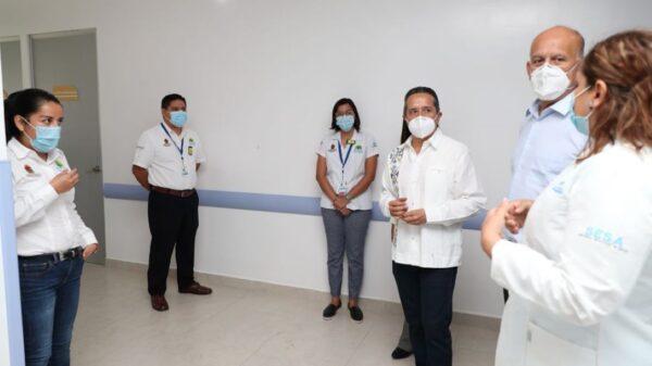 Vacunas para el sector turístico, un logro de Carlos Joaquín