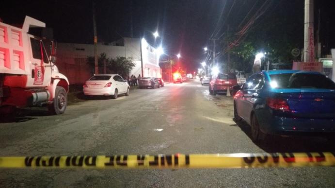 Atacan a balazos la Fiscalía contra Narcomenudeo en Cancún.