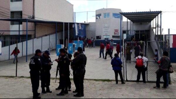 Reo intercambia lugar con su hermano y escapa de la cárcel en Puebla