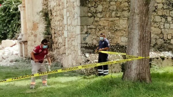 Trabaja el INAH en la reconstrucción de la iglesia de Tihosuco.