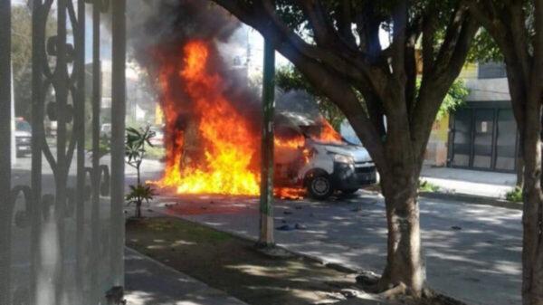 Enfrentamiento por asalto a camioneta de valores deja 5 heridos, en Guadalajara