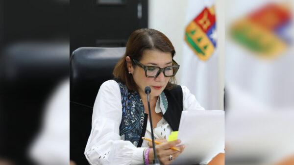 Avanza solicitud de juicio político en contra de Laura Berinstain
