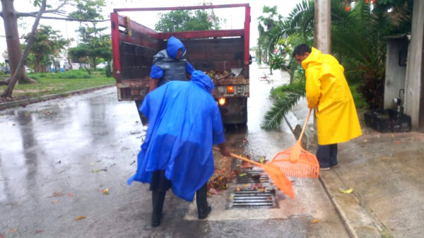 Activan en Puerto Morelos brigadas por afectaciones pluviales