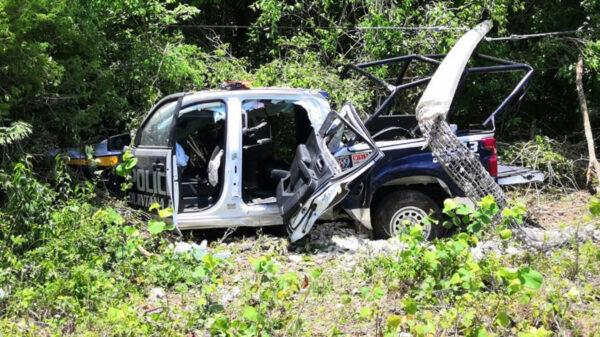 """Se """"estampa"""" patrulla de la Policía Estatal en Carrillo Puerto"""