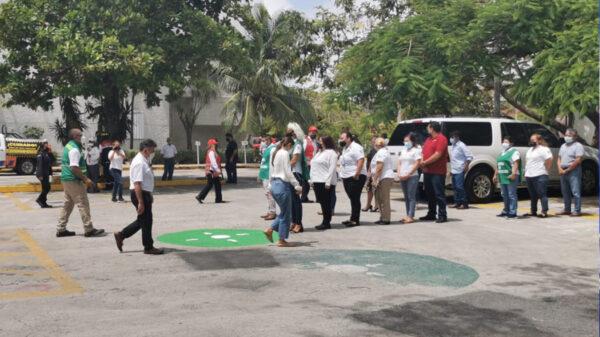 Realizan simulacro de incendio en palacio municipal de Cancún