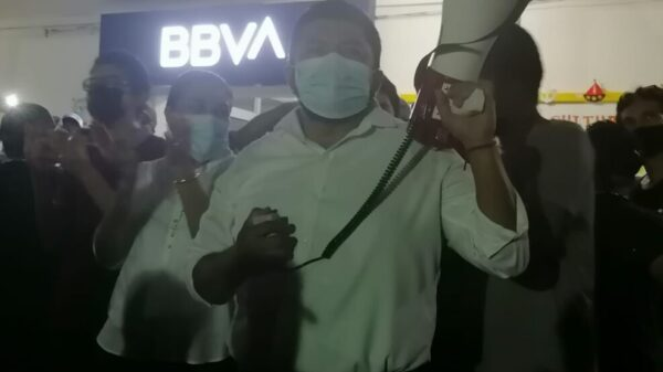 En Lázaro Cárdenas triunfa de manera contundente Emir Bellos Tun.