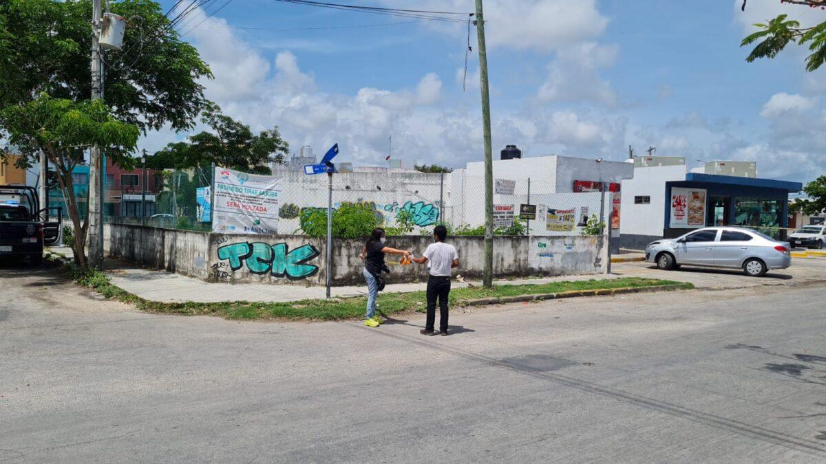 Disparan contra una vivienda en la Supermanzana 504 de Cancún (VIDEO): solitario sujeto escapó a pie del lugar del ataque.