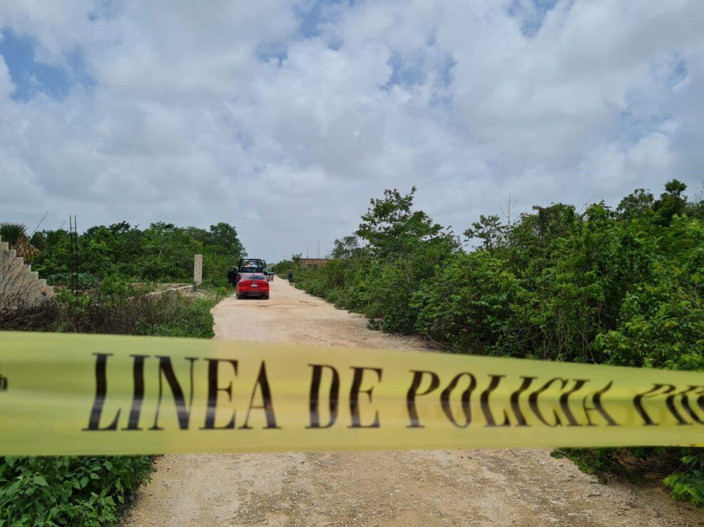 Cancún: Ejecutan a un taxista en la colonia El Milagro; la víctima presenta varios disparos de arma de fuego. Ocurrió en la calle Egipto.