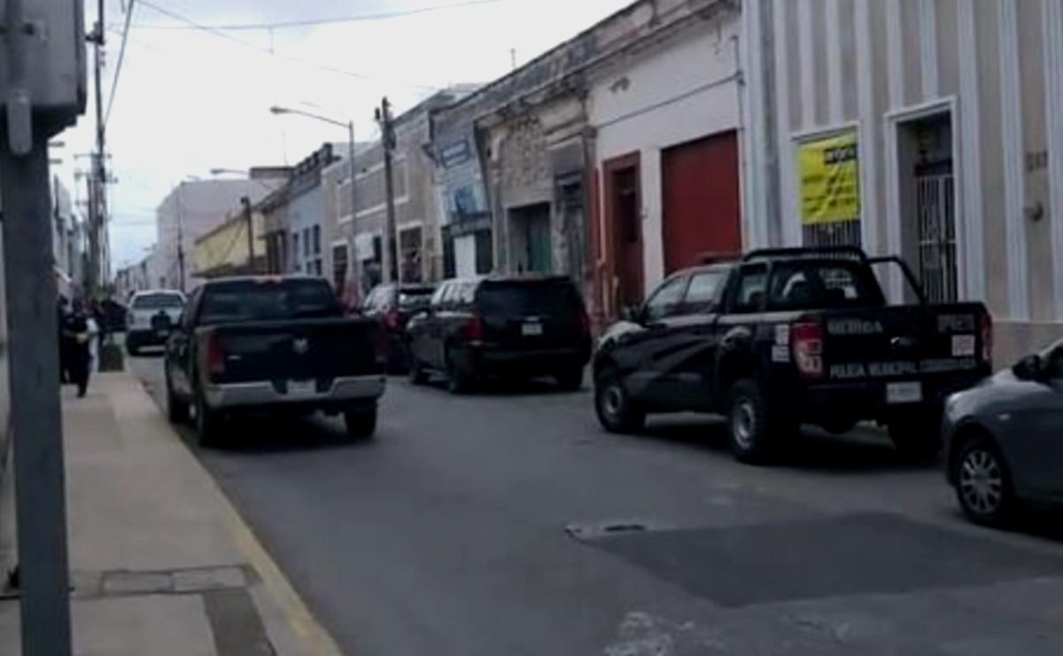 Se registra fuerte movilización policiaca en el Centro de Mérida por presunto asesinato