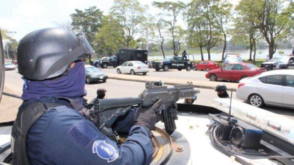 Desarman a la Policía de 4 municipios de Tabasco.