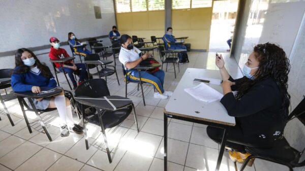 Confirma SEP que deserción escolar fue de 2.5% por la pandemia.