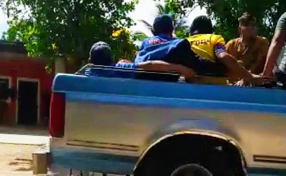 Durante la jornada electoral en Acanceh, 10 personas fueron detenidas con radios, bates y piedras