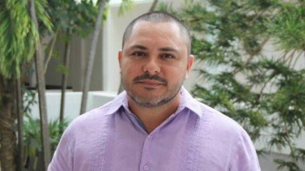 Bajan a Issac Janix de la candidatura a la Presidencia de Benito Juárez.