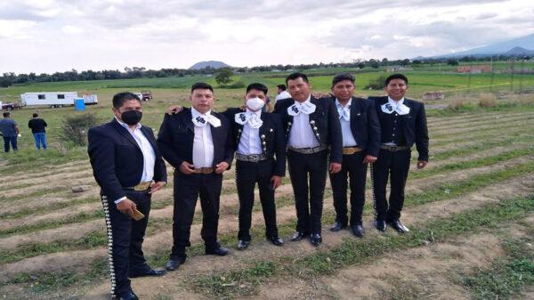 La popularidad del socavón, ha despertado el interés por realizar turismo en la zona e incluso un grupo de mariachis le llevaron serenata