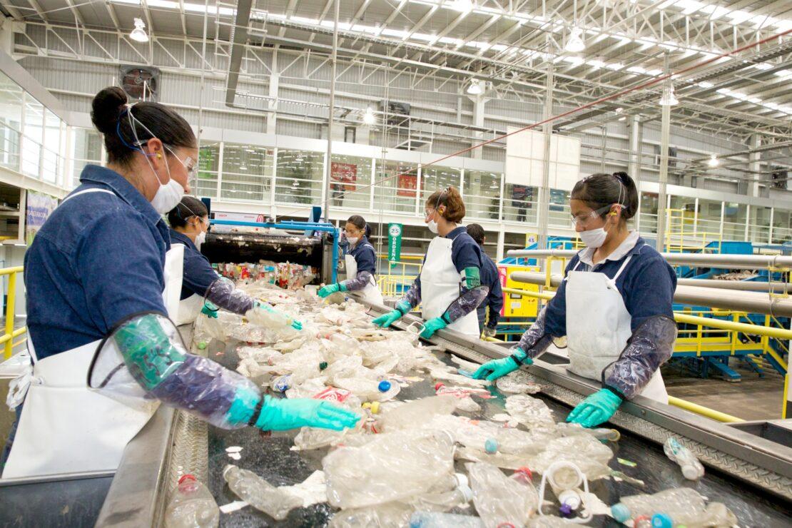 Anuncia Bepensa gran inversión en acopio y reciclaje en la Península de Yucatán
