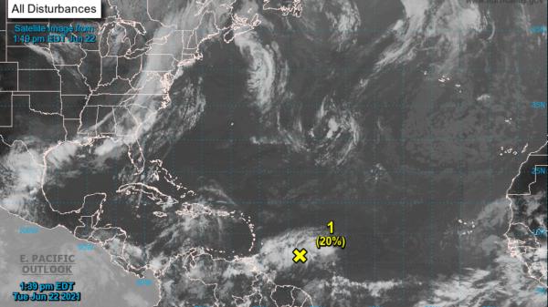 Monitorean depresión tropical en el Atlántico.