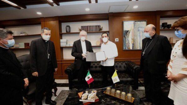Gobernador de Yucatán envía carta al Papa Francisco para que visite la entidad