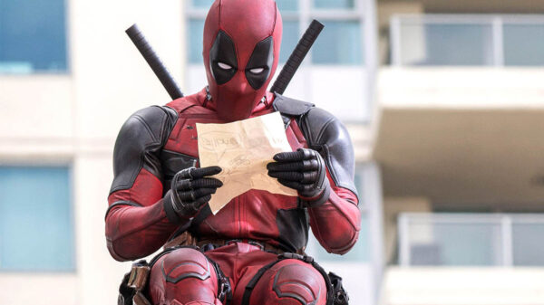 'Deadpool', acaricia a Marvel Studios, promociona junto a 'Korg' película de Ryan Reynolds