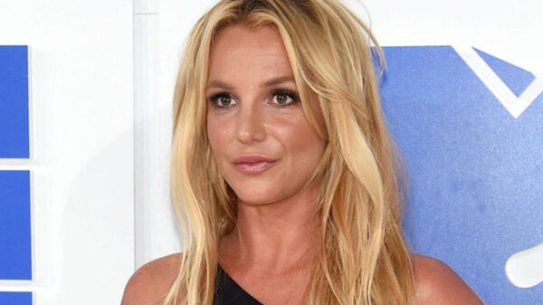 Britney Spears podrá elegir a su propio abogado, pide que su padre sea acusado de abuso