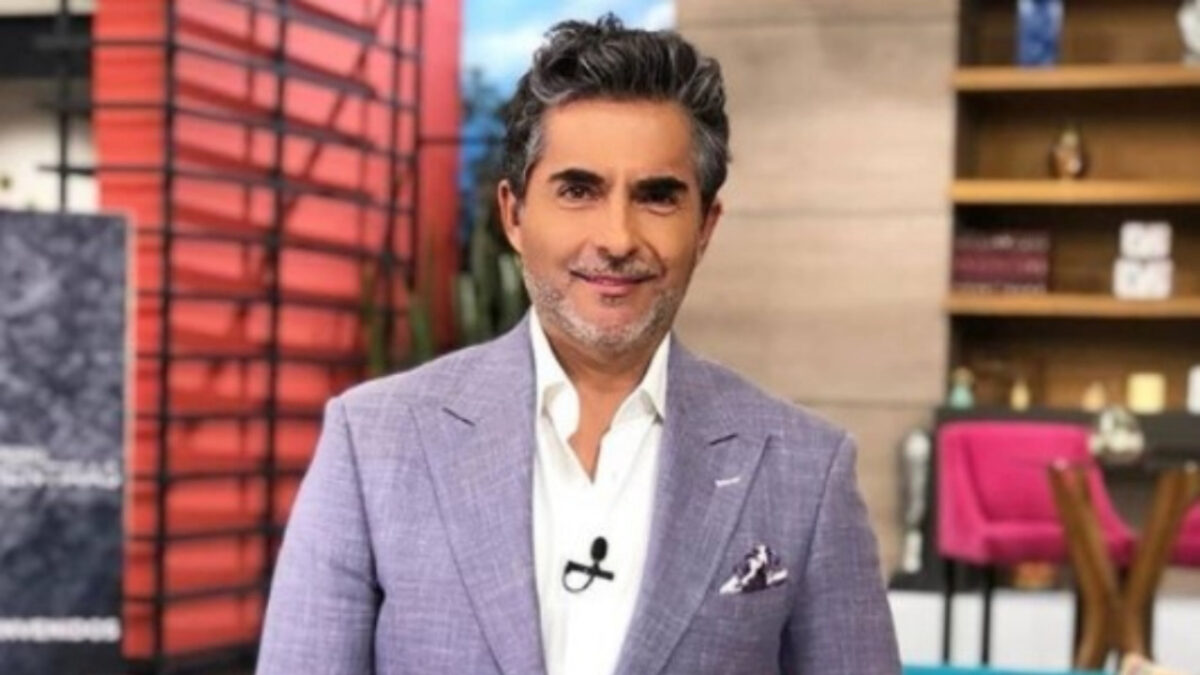 Ella es la guapa novia del actor y conductor Raúl Araiza