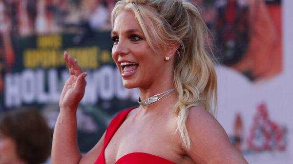 Abogado de Britney Spears inicia trámites para sacar a su padre de la tutela