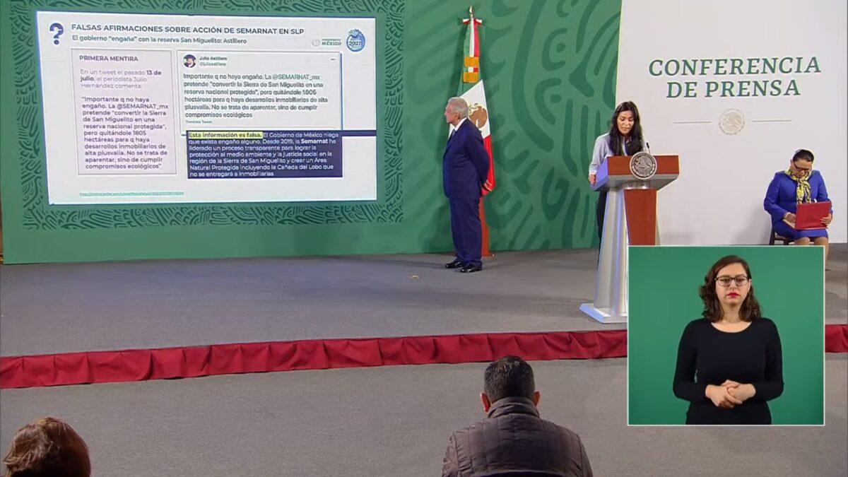 Elizabeth García Vilchis, presentadora de la sección Quién es quién en las mentiras, en la mañanera, señaló al periodista Julio Astillero.