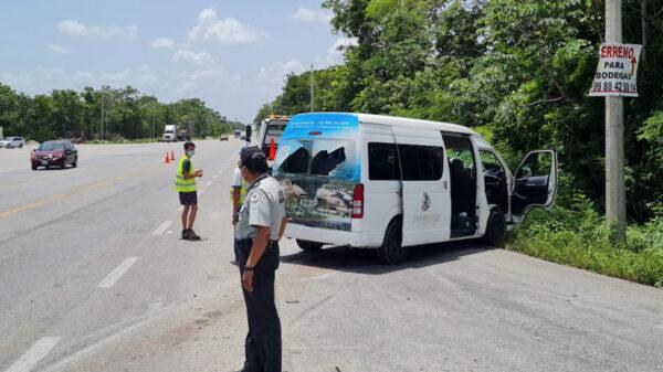 Accidente en libramiento Mérida-Cancún-Huayacán deja tres lesionados