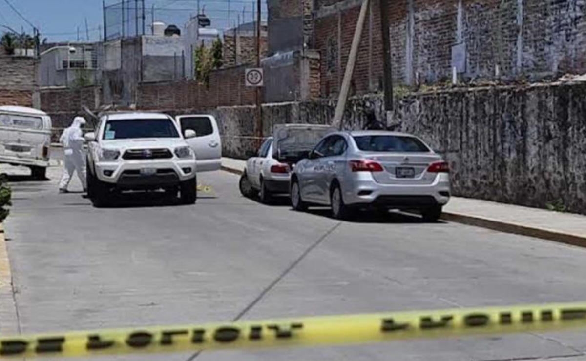 Asesinan a una pareja y un menor de 2 años; viajaban en una moto
