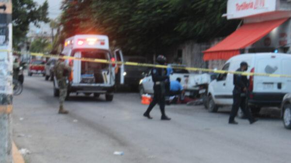 Atentado a balazos contra tortillería en Tulum deja un muerto y tres heridos