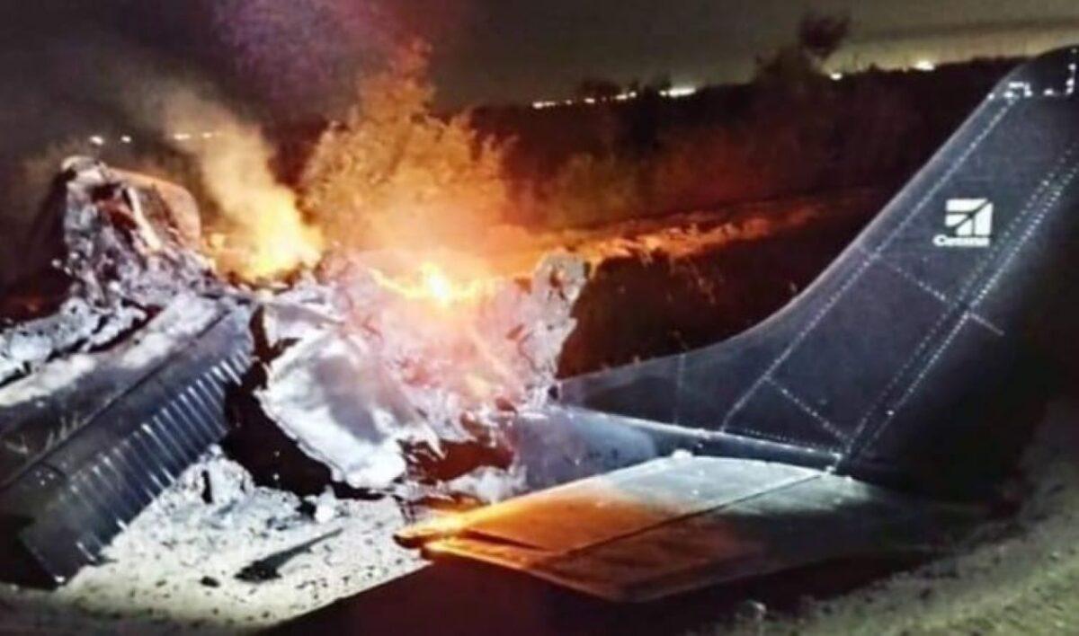 Mueren dos tras desplome de avioneta en Mexicali