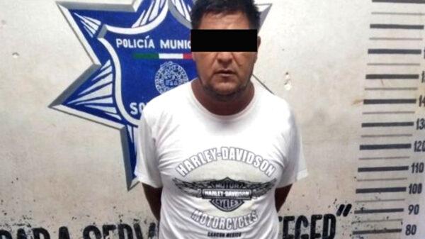 """Por presunta violencia familiar, detienen a agresivo """"chilango"""" en Playa Del Carmen"""