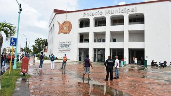 Aumentan contagios en empleados municipales de Chetumal
