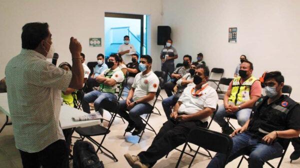 Refuerzan cultura anti huracanes en Puerto Morelos